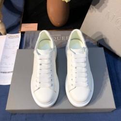 Alexander McQueen Sneaker AM0015