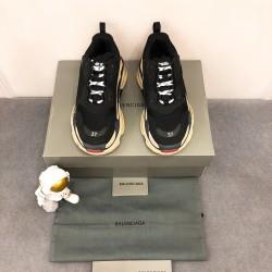 Balenciaga  Sneakers BA0088