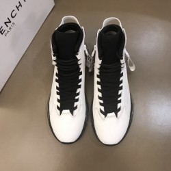Givenchy Sneakers GI0025
