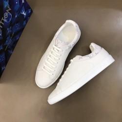 Louis Vuitton Sneakers LU0015