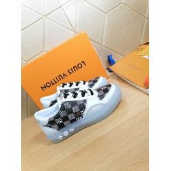 Louis Vuitton Sneakers LU0113