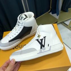 Louis Vuitton Sneakers LU0118