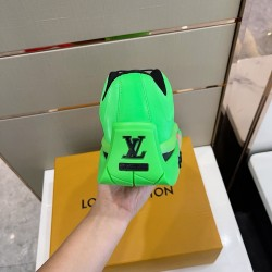 Louis Vuitton Sneakers LU0124